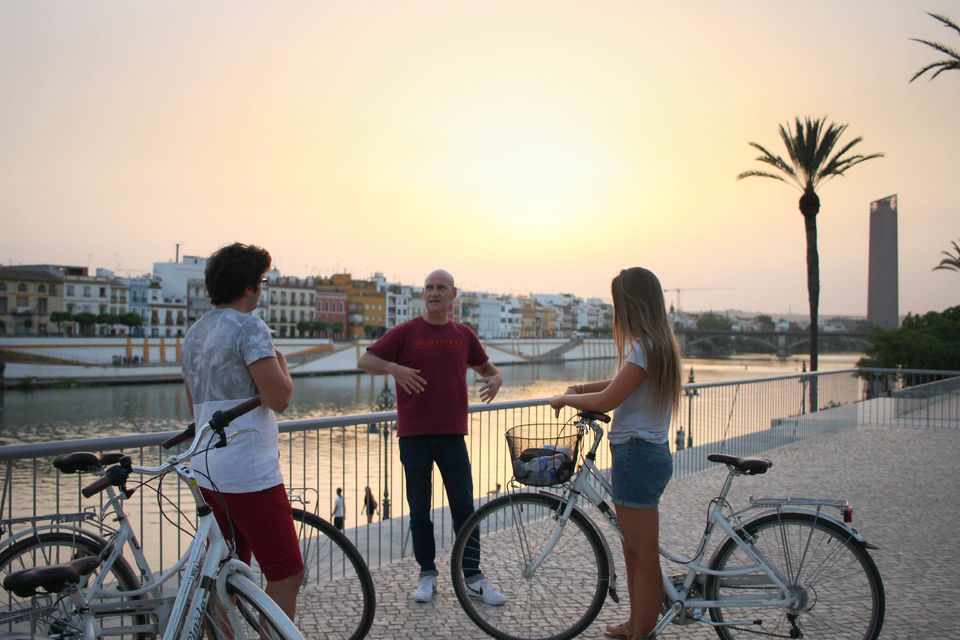 bike tour in english seville